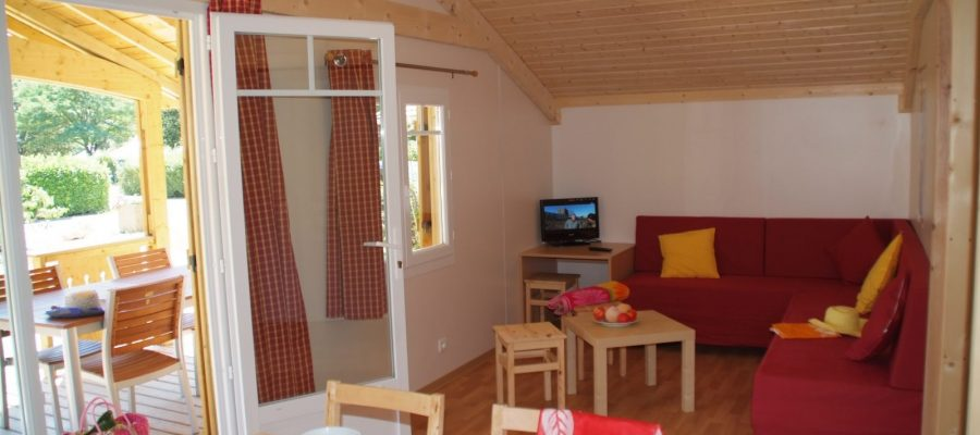 CHALET CAMPING HAUTERIVES DROME FRANCE PALAIS IDEAL FACTEUR CHEVAL (14)