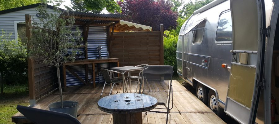AIRSTREAM-CAMPING-LE-CHATEAU-HAUTERIVES-