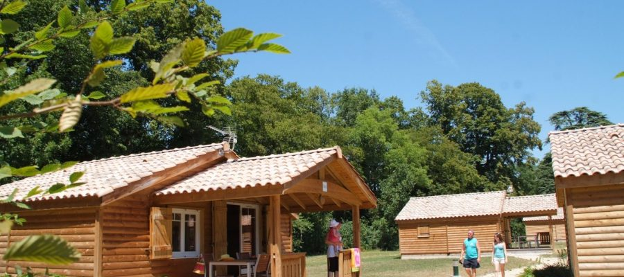 CHALET CAMPING HAUTERIVES DROME FRANCE PALAIS IDEAL FACTEUR CHEVAL (8)