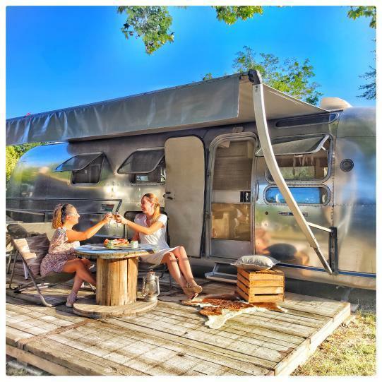 camping-haute-rive-airstream-vintage